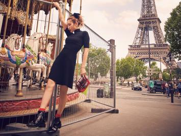 イギリス在住の紗栄子、パリの路上でバゲット丸かじり!?
