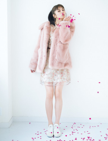 ボリュームコート×ドレスが鉄板♡年末年始イベントで誰より可愛くなれるスタイリング例