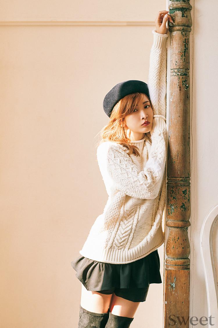 真似したい!紗栄子がリアル私服で仕上げた色っぽニットコーデを披露
