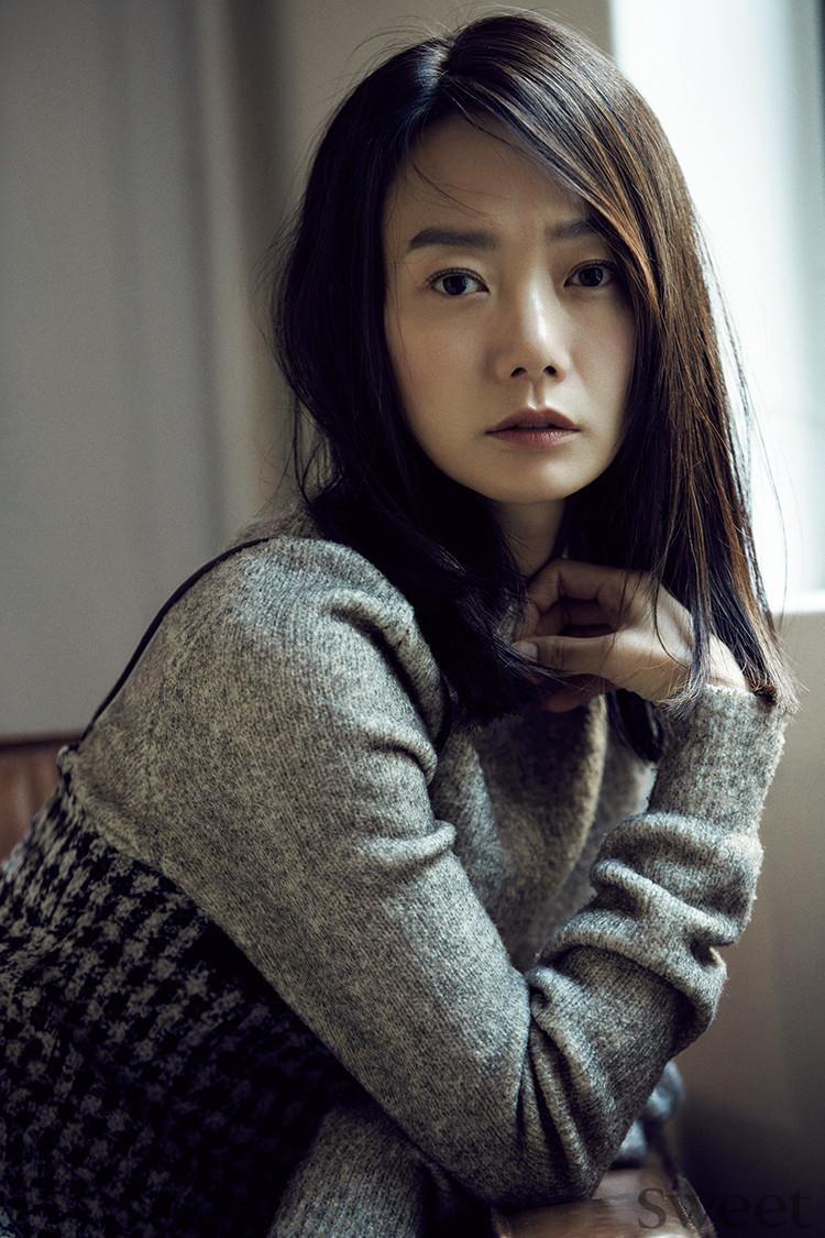 『キングダム』出演の韓国人女優ペ・ドゥナに、看護師ゾンビ役の秘話をインタビュー