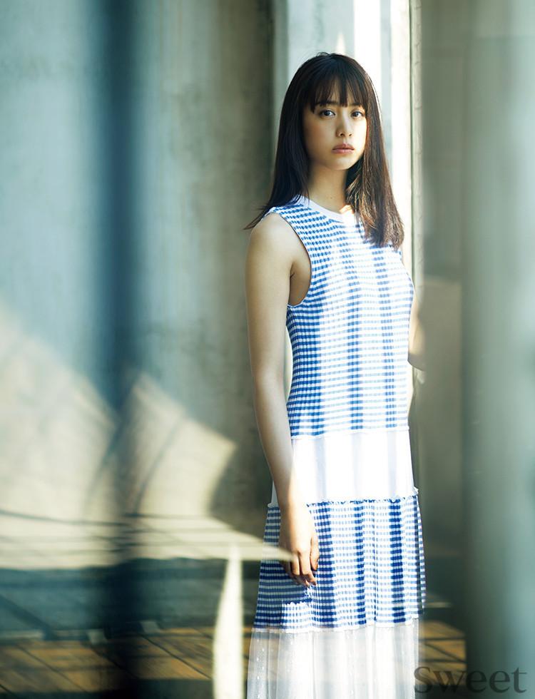 上品で大人見え♡サマードレスは素材で選ぶ!