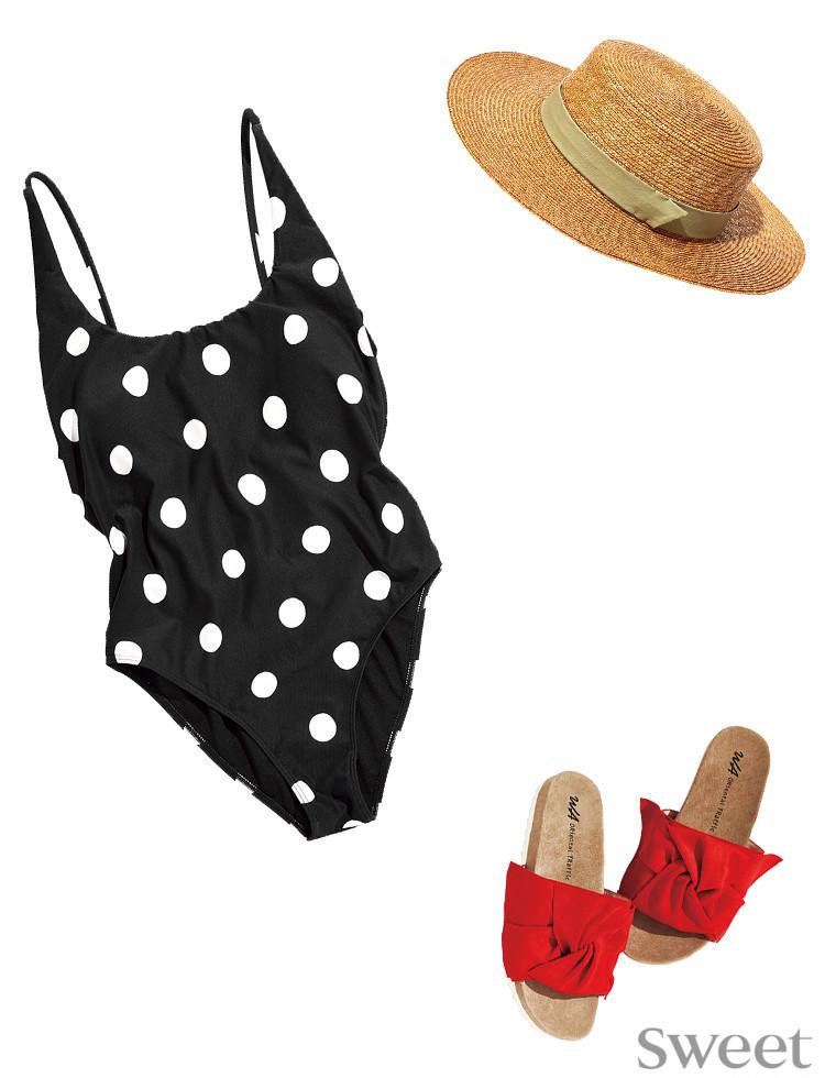 ドットにフリルに麦わら帽子♡夏を盛り上げるガーリーな水着&小物