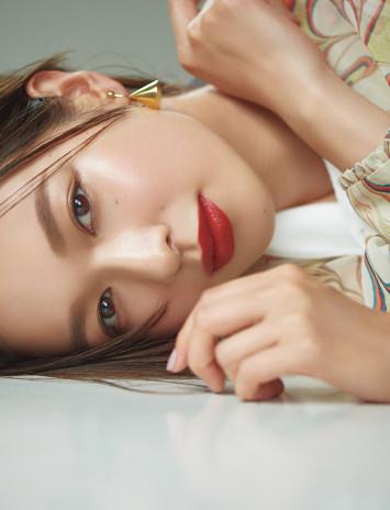 秋の新色・赤リップで美人見え♡グラマラス唇を作る名品登場