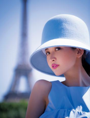 エッフェル塔に恋してる♡紗栄子が語るパリの魅力