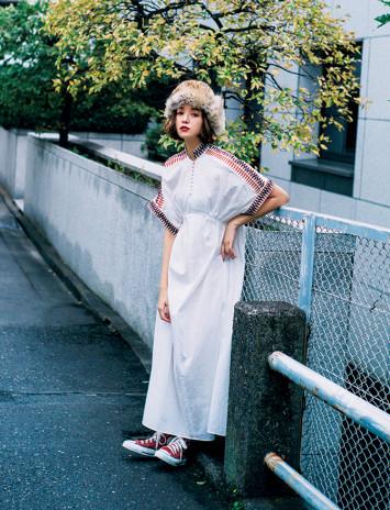 """佐藤栞里が""""一番買ってよかった服""""は、さり気なく個性が光るmameのドレス"""