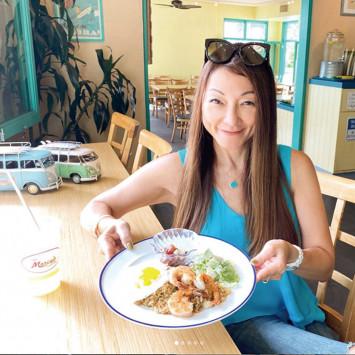 ハワイで絶品うどん&炒飯♪ 現地女子の食レポが美味しそう♡