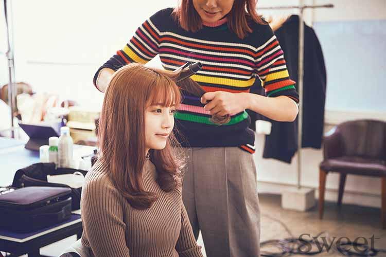 """AKB48加藤玲奈が""""小悪魔ガール""""に大変身! 毒っ気のある[かとれな]もよき♡"""