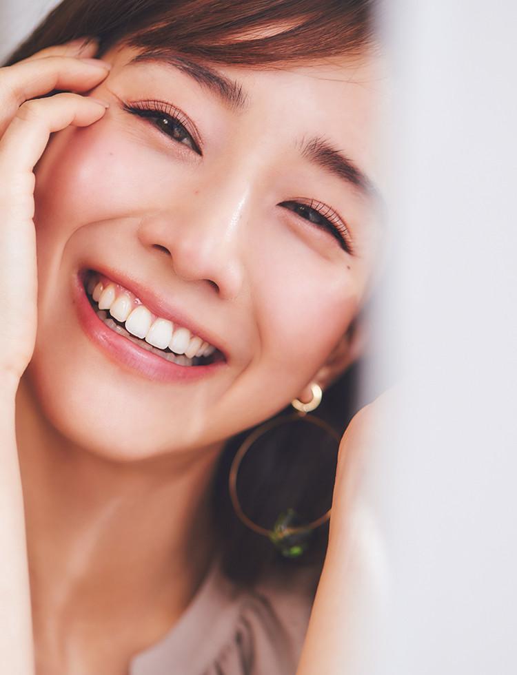 【dejavu】憧れNo.1 田中みな実さんにインタビュー『今一番輝いている女性は感情に素直な人』