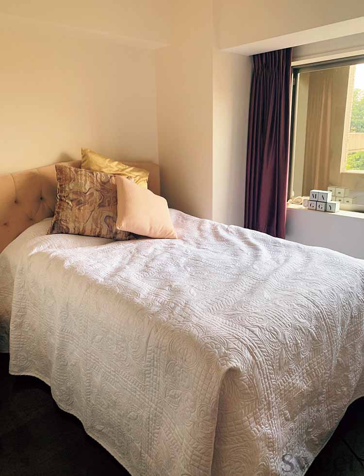 マギーがおしゃれな自宅を公開! お部屋をスッキリ魅せるインテリアのマイルールは?