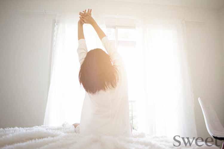 ステイホームで不眠気味の人へ|睡眠の質を上げる方法&アイテムを女医が解説