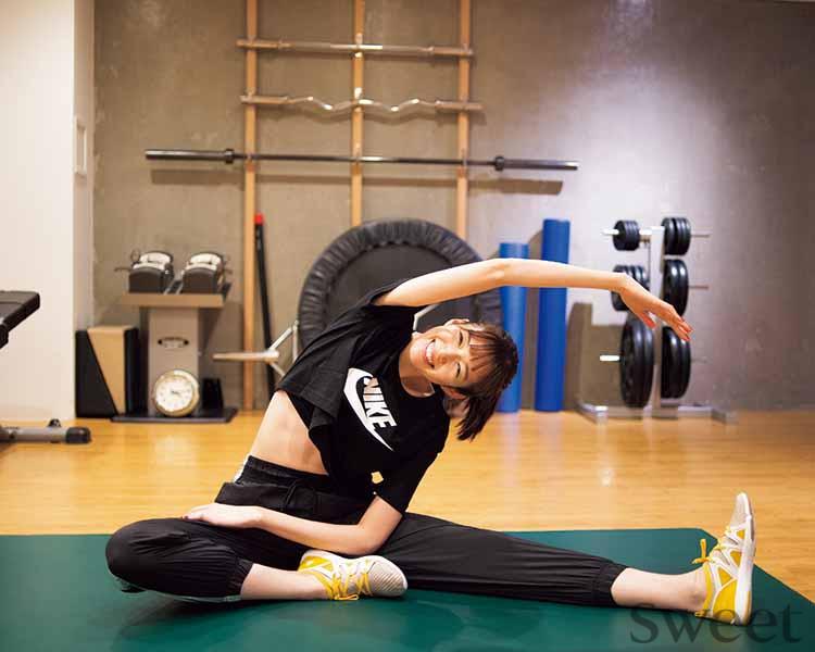 佐藤栞里 週2のパーソナルトレーニングで心とからだをデトックス! ボディメイク法も公開