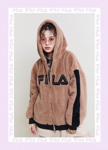 野崎智子がフィラ(FILA)で始める冬支度♡