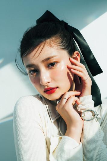 美にまつわる名言と共に。 美しさはパーツに宿る f e a t .吉川 愛(1)